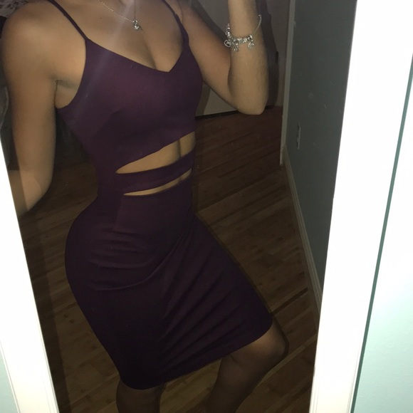 Windsor Dresses & Skirts - Windsor wine color midi cut out dress